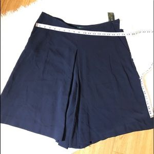 Lauren Ralph Lauren Shorts - Lauren Ralph Lauren | $115 Blue Pleated Culotte
